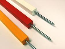 Square spiked markers