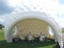 Inflatable golfball reception<br>Rental period 2 or 3 days