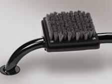 Console mount with brush - Black<br>for cleaning steel spikes